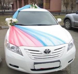 декорация на светбена кола