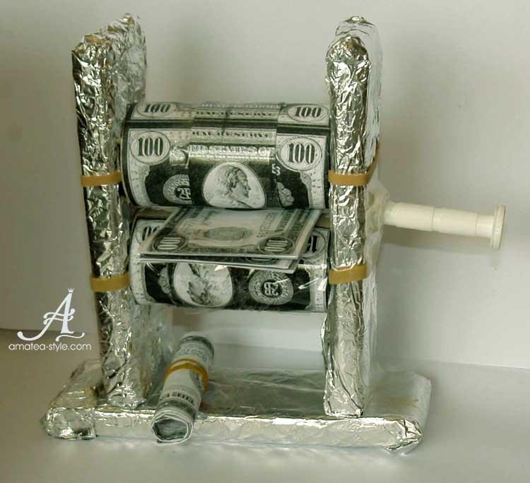 Символичен подарък - изненада с пари