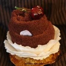 шоколадова мъфина с черешки